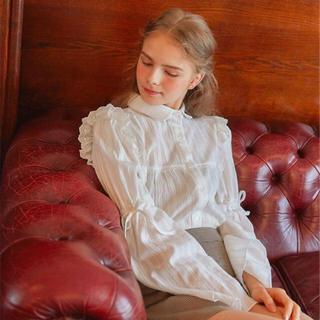 Lily Brown - 本日除去💖インポートファッション💖フリルブラウス