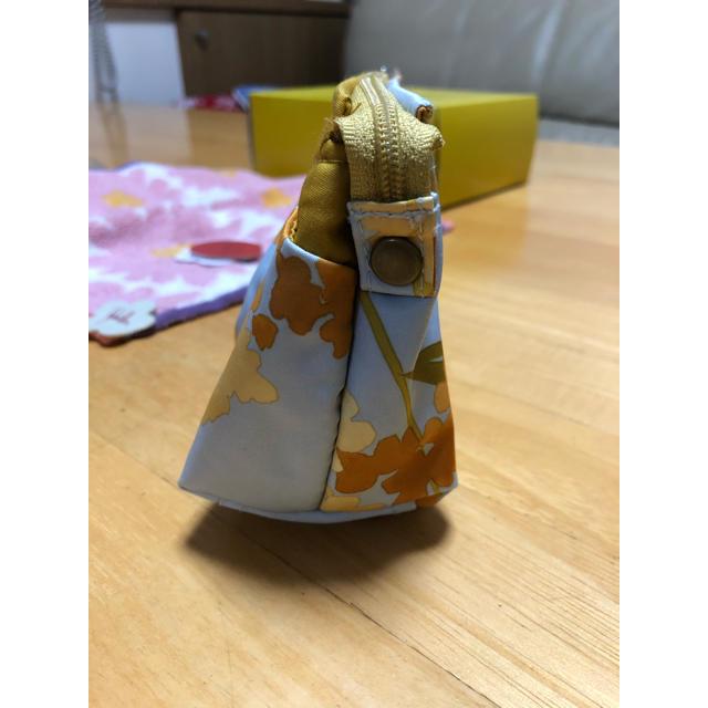 Sybilla(シビラ)の【シビラ】ポーチ タオルハンカチ二枚《新品》 レディースのファッション小物(ポーチ)の商品写真