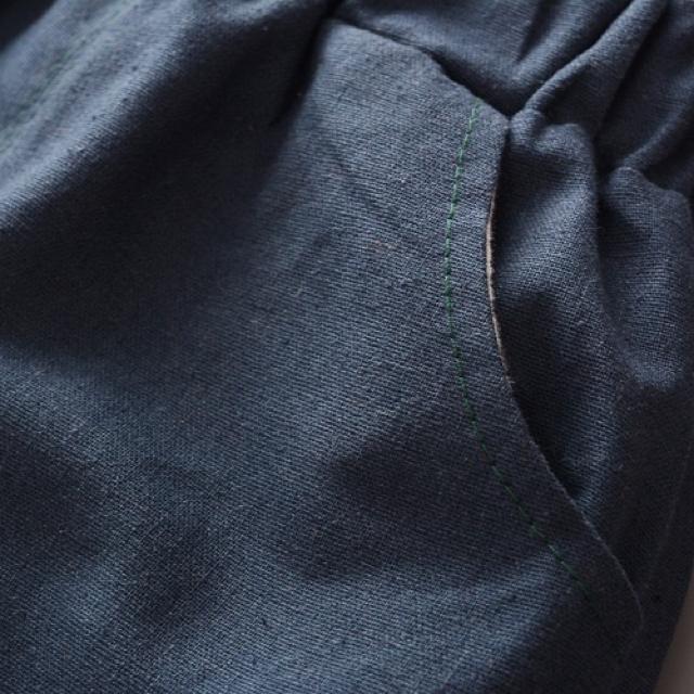 大人気♡新品4点セット♡100cm♡ひげ柄 フォーマル セットアップ♡ネイビー キッズ/ベビー/マタニティのキッズ服男の子用(90cm~)(ドレス/フォーマル)の商品写真