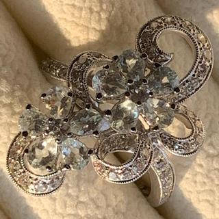 18金 ダイヤとサファイアのお花指輪 試着のみ(リング(指輪))