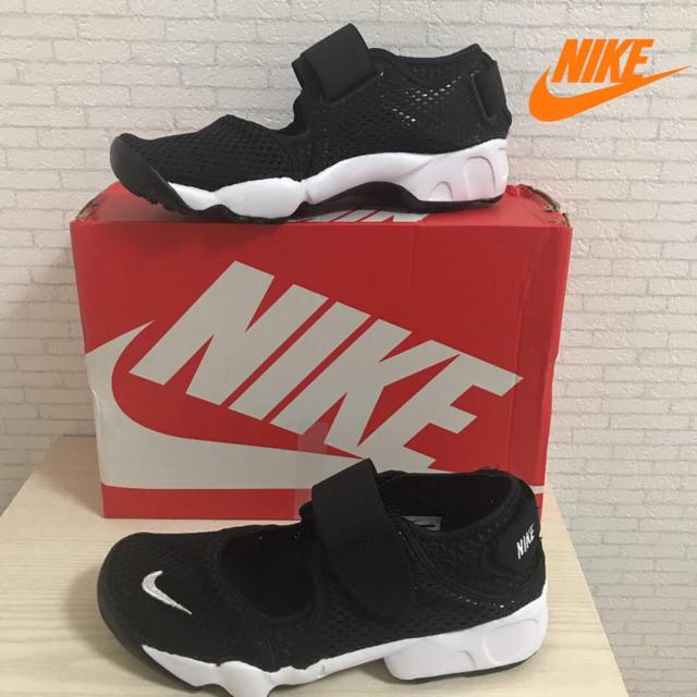 NIKE(ナイキ)の【24cm】【新品箱無し】普通郵便 ✨NIKE✨エアリフト GS/PS ブラック レディースの靴/シューズ(サンダル)の商品写真
