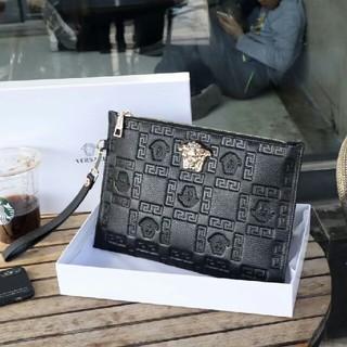 VERSACE - Versace 人気商品です クラッチバッグ