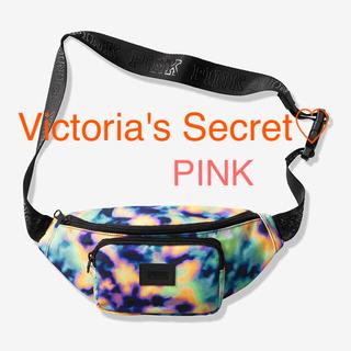 Victoria's Secret - 新品 PINK タイダイ柄 ウエストポーチ