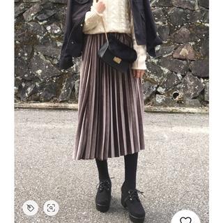 グレイル(GRL)のGRL ベロアプリーツスカート(ロングスカート)