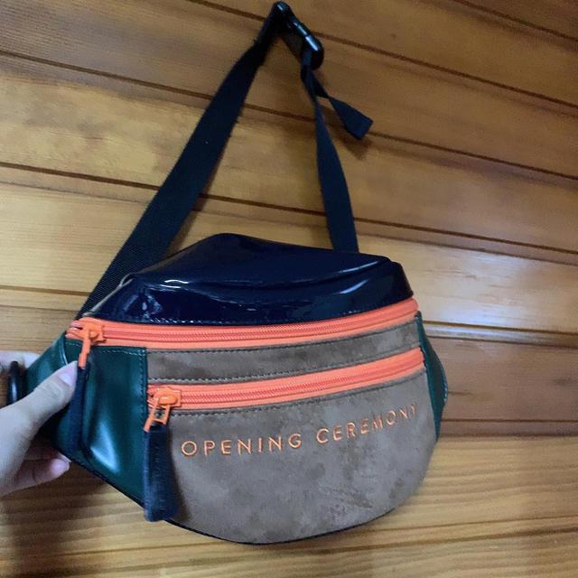OPENING CEREMONY(オープニングセレモニー)のオープニングセレモニーバッグ レディースのバッグ(ショルダーバッグ)の商品写真