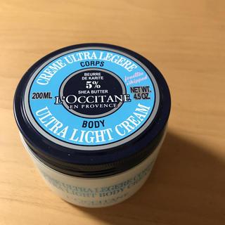 L'OCCITANE - ロクシタン スノーシア ボディクリーム 200ml