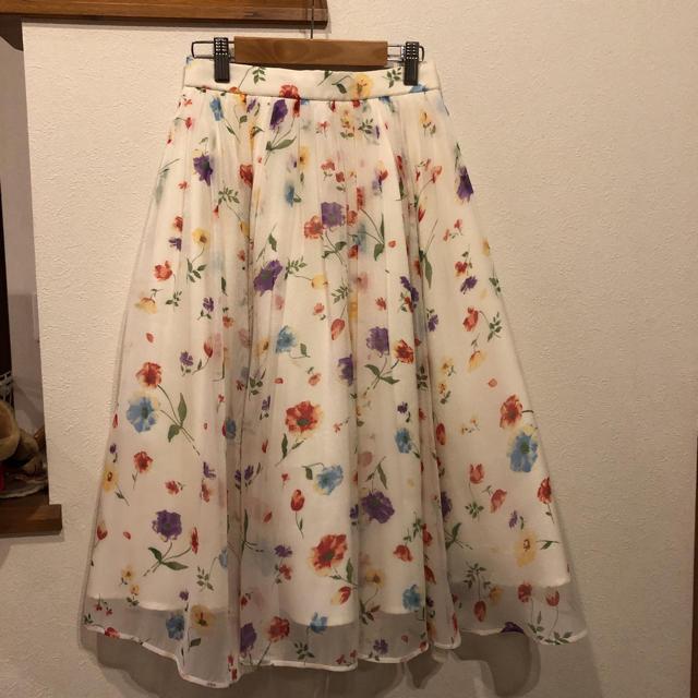Lily Brown(リリーブラウン)の年末値下げ リリーブラウン スカート レディースのスカート(ロングスカート)の商品写真