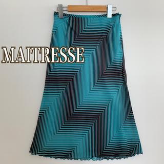 スコットクラブ(SCOT CLUB)のMAITRESSE メトリーゼ 総柄 シフォンスカート デザインスカート(ひざ丈スカート)