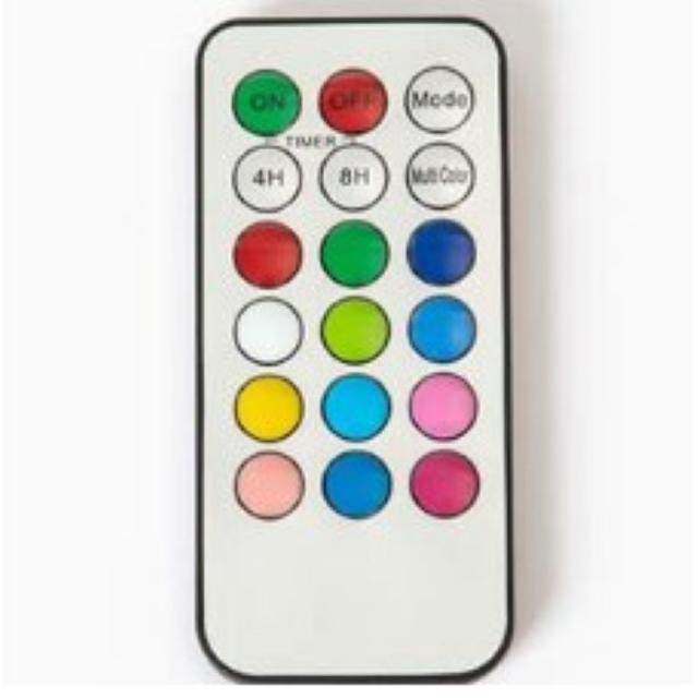 ★即日発送★ 12色に光る LEDキャンドルライト リモコン付 バニラの香り インテリア/住まい/日用品のライト/照明/LED(その他)の商品写真