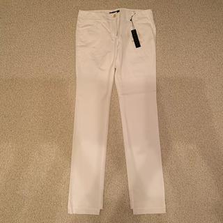 theoryの白パンツ サイズは4