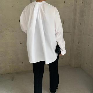 DEUXIEME CLASSE - ella selectshop  back twist over blouse