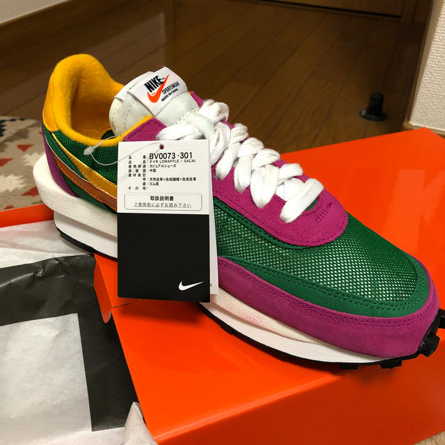 NIKE(ナイキ)の新品 27.5 値下可 NIKE SACAI LDWAFFLE メンズの靴/シューズ(スニーカー)の商品写真