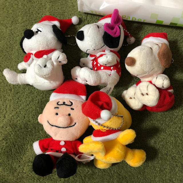 SNOOPY(スヌーピー)のレア! スヌーピー クリスマス マスコット サンタ 非売品 プライズ エンタメ/ホビーのおもちゃ/ぬいぐるみ(ぬいぐるみ)の商品写真