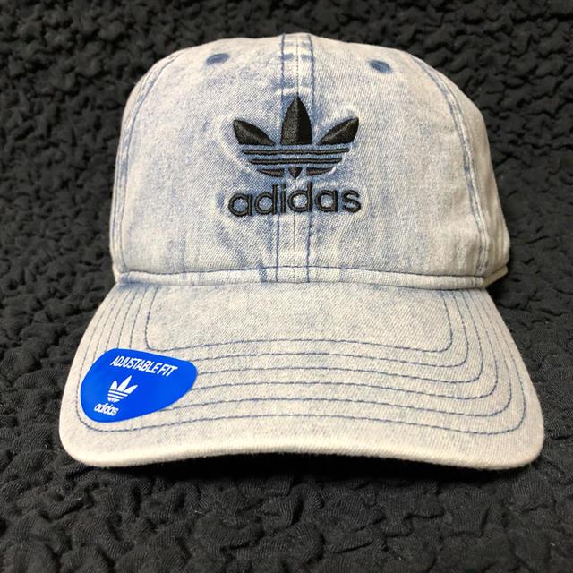 adidas(アディダス)のadidas   キャップ 新品 男女兼用 レディースの帽子(キャップ)の商品写真