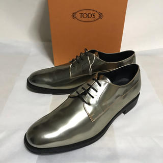 トッズ(TOD'S)の新品未使用!Tod's トッズ  真鍮ゴールドレースアップ(EU39.5)(ドレス/ビジネス)