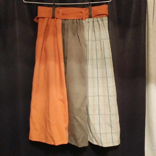 axes femme(アクシーズファム)の配色トレンチスカート レディースのスカート(ひざ丈スカート)の商品写真