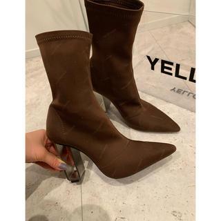 イエローブーツ(Yellow boots)のYELLO  今季新作 ショートブーツ S 美品 星あや(ブーツ)