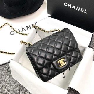 CHANEL - 極美品 CHANEL ショルダーバッグ
