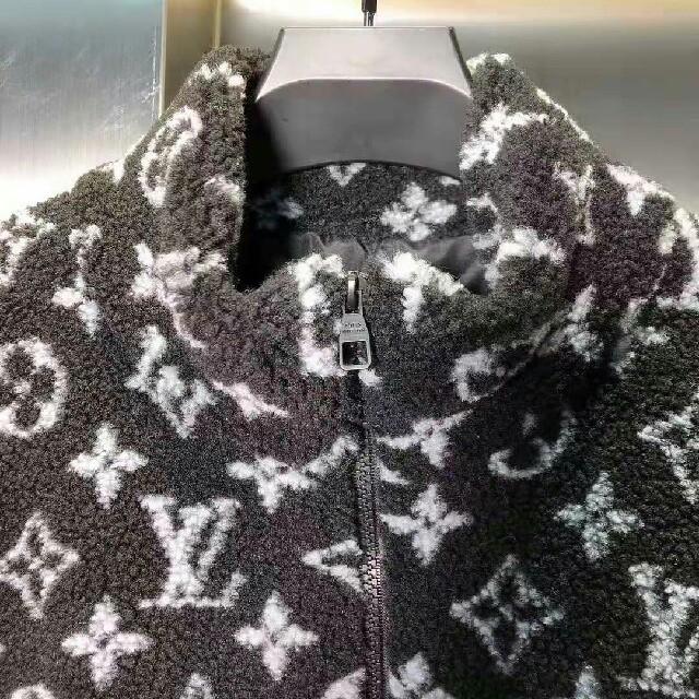 LOUIS VUITTON(ルイヴィトン)のルイ ヴィトン  綿入れ ジャケット   メンズ  メンズのジャケット/アウター(Gジャン/デニムジャケット)の商品写真