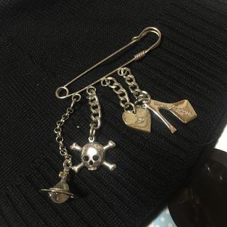 ヴィヴィアンウエストウッド(Vivienne Westwood)のVivienne Westwood Accessories Broach(ブローチ/コサージュ)