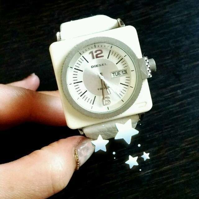 DIESEL(ディーゼル)の腕時計ディーゼル ホワイト レディースのファッション小物(腕時計)の商品写真