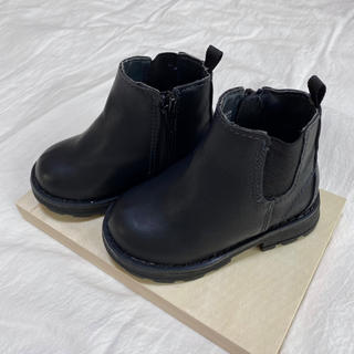 babyGAP チェルシーブーツ 黒
