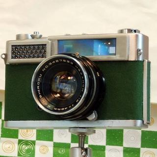 35mmフイルムカメラ KONICA S (緑色)です