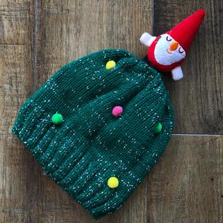 エイチアンドエム(H&M)のH&M サンタクロースニット帽 キッズフリー(帽子)