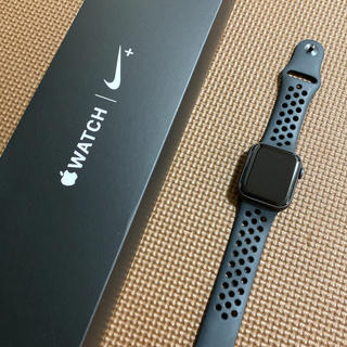 Apple Watch - Apple Watch series4 40mm Nike