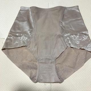 シャルレ - シャルレショーツ(ガードルタイプ・1分丈)IB956