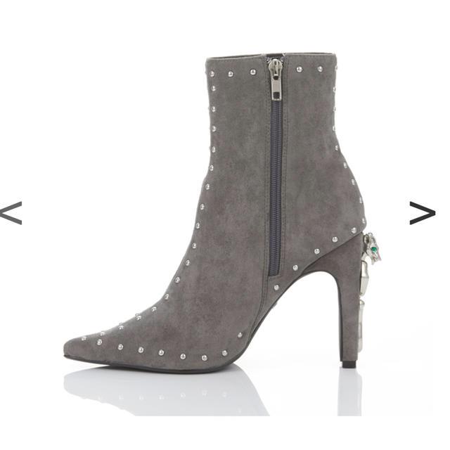 Yellow boots(イエローブーツ)のYELLOイエロー美品スタッズブーツMサイズNATARIASHORT レディースの靴/シューズ(ブーツ)の商品写真