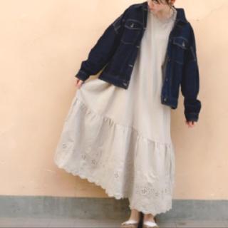 サマンサモスモス(SM2)の新品 sm2  裾スカラップワンピース  ベージュ (ロングワンピース/マキシワンピース)