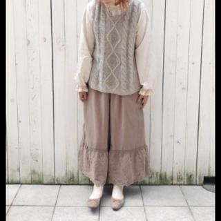 サマンサモスモス(SM2)の新品 sm2  裾スカラップパンツ モカ(カジュアルパンツ)