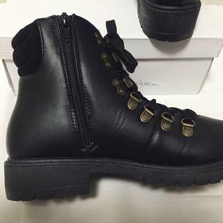 ダナー(Danner)の新品■マウンテンブーツショートブーツレディース トレッキングブーツスノーブーツ黒(ブーツ)