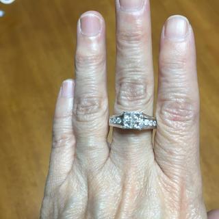 プリンセスカットダイヤモンド計1.5カラット