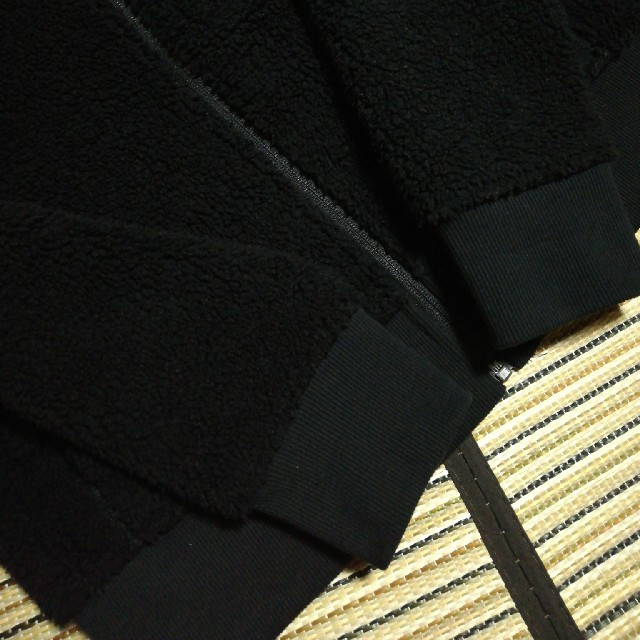 UNIQLO(ユニクロ)のyu_ka様専用 ユニクロ ブロックテック ボアフリース パーカー  防風 レディースのトップス(パーカー)の商品写真