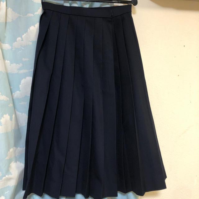 制服 24本プリーツ 冬用 レディースのスカート(ひざ丈スカート)の商品写真