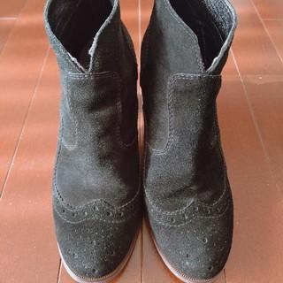 Buffalo LONDON スエードショートブーツ 黒(ブーツ)