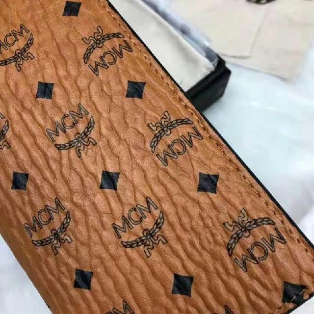 美品 MCM 折り財布  メンズのファッション小物(折り財布)の商品写真