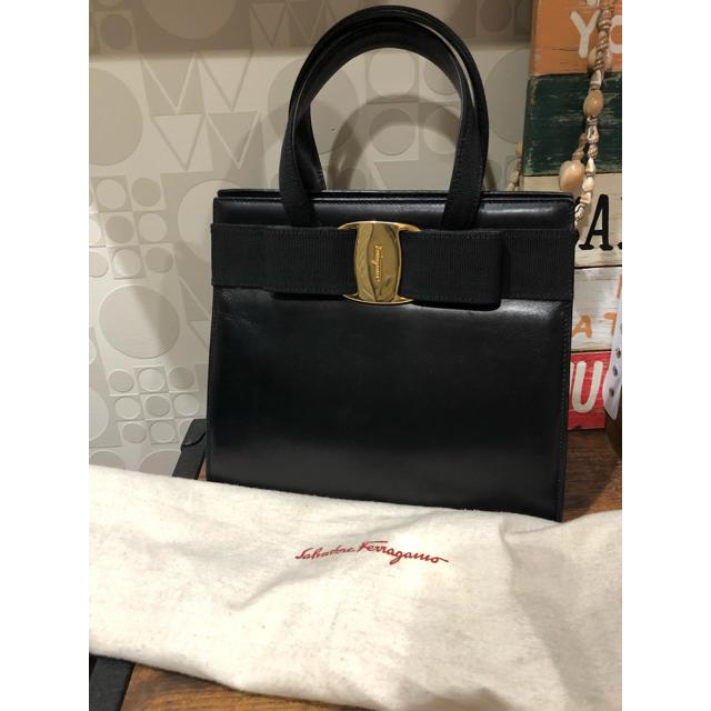 Ferragamo(フェラガモ)のフェラガモ・ヴァラ・ハンドバッグ レディースのバッグ(ハンドバッグ)の商品写真