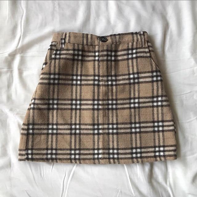 dholic(ディーホリック)のBurberry風 チェックミニスカート レディースのスカート(ミニスカート)の商品写真