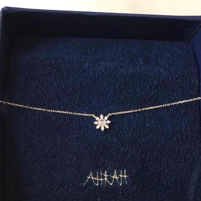 AHKAH(アーカー)の38000円からお値下げしました! ローズエトワールネックレス レディースのアクセサリー(ネックレス)の商品写真