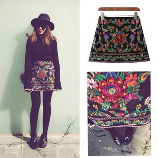 ZARA - 刺繍 スカート ミニ