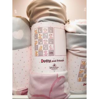 ダッフィー(ダッフィー)の【送料込み】上海ディズニー ダッフィー 毛布(毛布)
