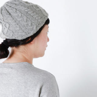 ネストローブ(nest Robe)の【週末限定お値下げ】mature ha.(マチュアーハ) 黒色 ニット帽(ニット帽/ビーニー)