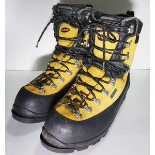 お買い得イタリア製AKU 冬山 雪山 登山靴 UK10 EUR44.5 28.5(登山用品)