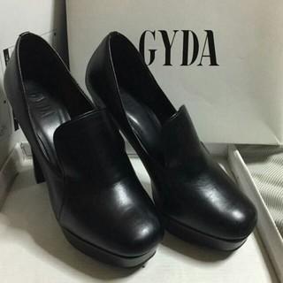 GYDA - GYDA スクエアパンプス
