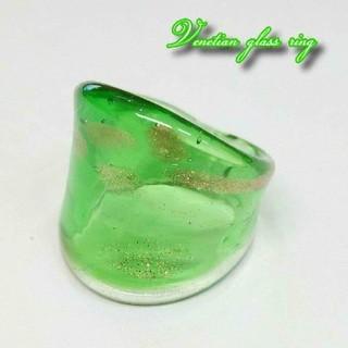 VR30 人気のグリーン ドット柄 ベネチアガラス ベネチアリング 指輪(リング(指輪))