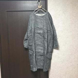 サマンサモスモス(SM2)のヘリンボンダブル釦ワンピースコート チャコール(ロングコート)