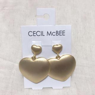 セシルマクビー(CECIL McBEE)のゴールドハートのゆらゆらピアス(ピアス)